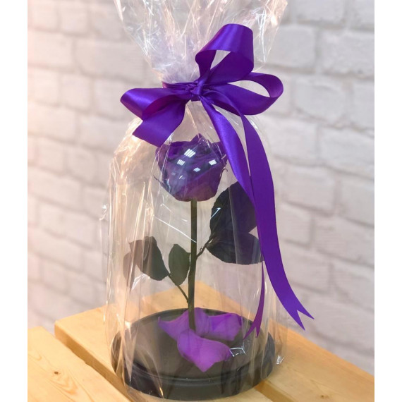 Роза в колбе фиолетовая с оформлением