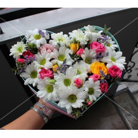 Арт. 0307. Куст.роза 3шт, куст.хризантема 3шт, эвкалипт 0,5, лимониум 0.5