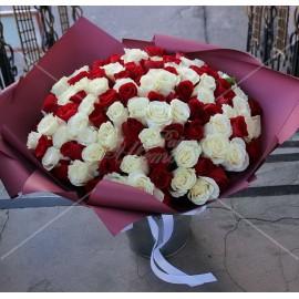 Арт. 0111. Роза 101шт 50см, матовая пленка, атласная лента.