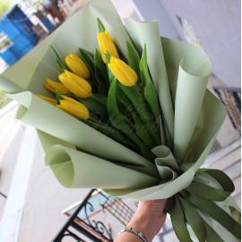 Арт. 0119. Тюльпаны 7шт, матовая пленка, атласная лента