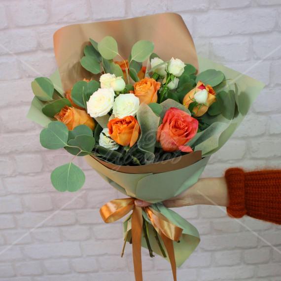 Арт. 0120. Розы 50см 7шт, куст.розы 2шт, эвкалипт популус 1, матовая пленка, атласная лента