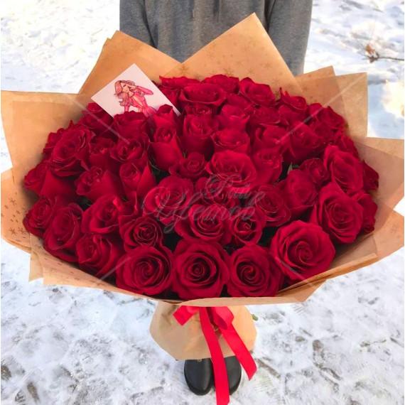 "Арт. 0150. Роза сорта ""Эксплорер"" 50см 55шт, крафт, атласная лента"