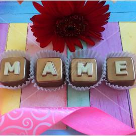 """Буквы из шоколада """"Маме"""""""